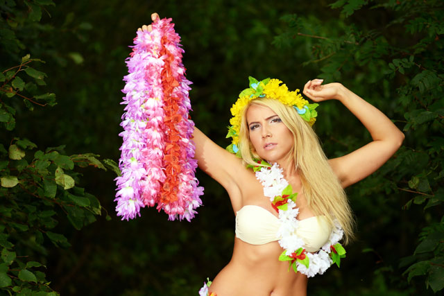 tropicana-hula-hens-night-party-package